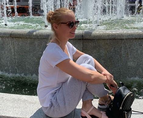 Актриса Татьяна Арнтгольц спрыгнула с крыши 9-этажного дома
