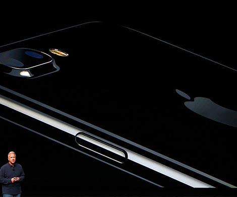 Apple представила беспроводные наушники AirPods илинейку наушников Beats