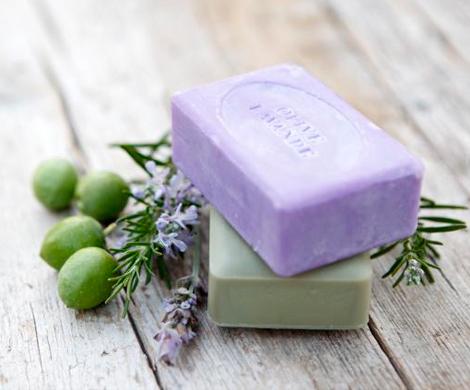 Бровистка из Австралии предлагает использовать мыло