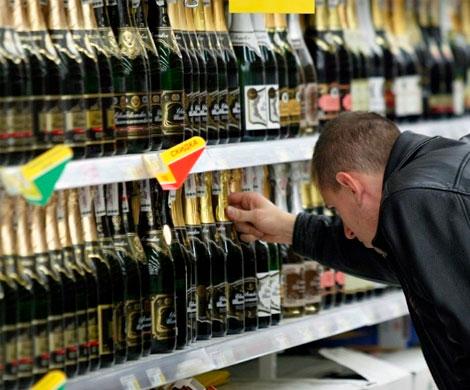Депутаты предложили продавать алкоголь и табак в специальных магазинах