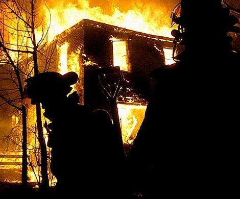 НаКрестовском острове сгорел «Дом наоборот»