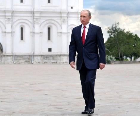 Готовятся к уходу Путина: ветви власти затеяли «перетягивание» Конституции?