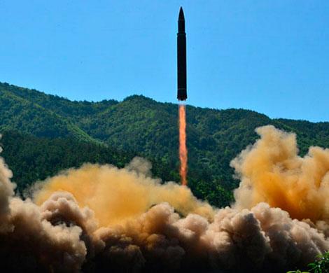 КНДР обвинила советника Трампа в разрушении мира