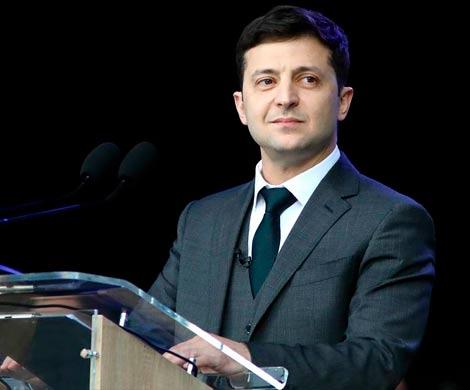 Комик Зеленский одерживает убедительную победу в президентской гонке