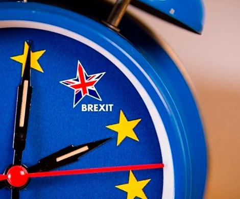 Лондон стремительно движется к Brexit без сделки