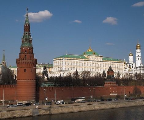 Медведева в отставку, Собянина в Кабмин: Кремль готовит смену власти