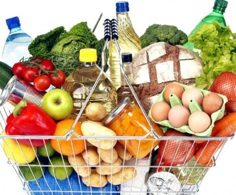 Меньше хлеба, больше мяса и фруктов: в Госдуме предлагают изменить потребительскую корзину