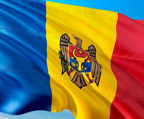 Молдавию заштормило двоевластием