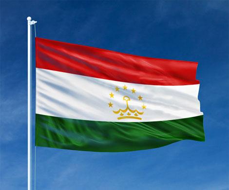 На границе Киргизии и Таджикистана вспыхнул конфликт из-за флага