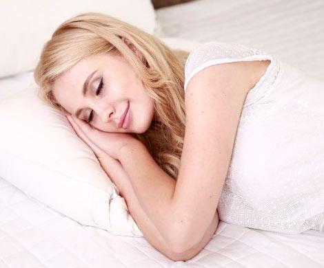 Названо точное время сна для сохранения здоровья и красоты