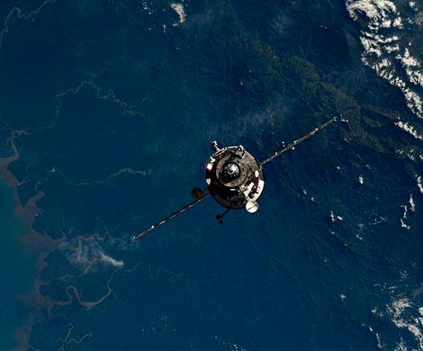 Неуправляемая китайская орбитальная станция рухнет нанаши головы ксередине весны
