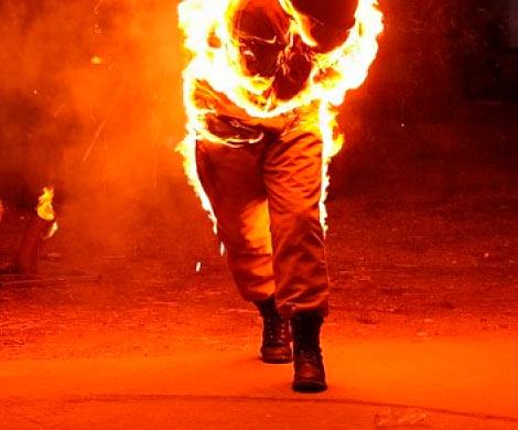 ВОмске два рецидивиста сожгли прохожего, заподозрив его враспространении наркотиков
