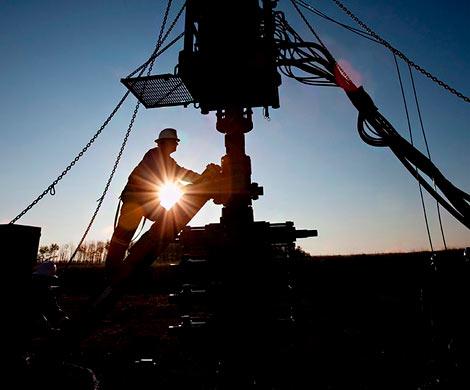 ОПЕК+ может продлить соглашение осокращении доконца 2016-го года