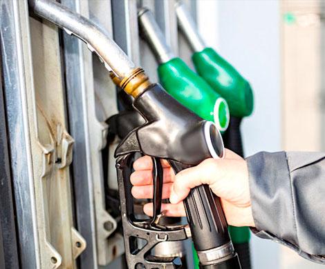 Правительство откажется от весенней заморозки цен на топливо