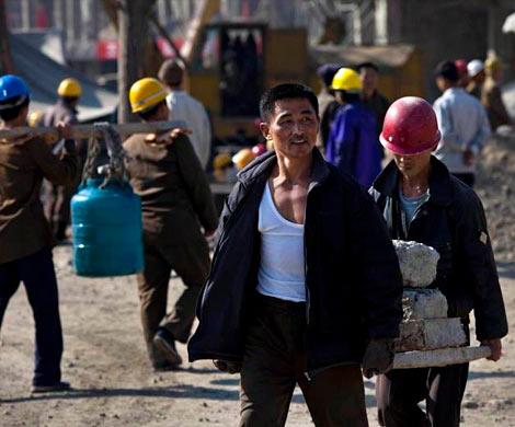 Власти Приморья хотят  оставить около 10 тыс.  рабочих изКНДР врегионе