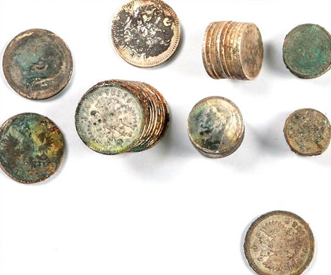 При раскопках в центре Москвы найден клад из 97 монет