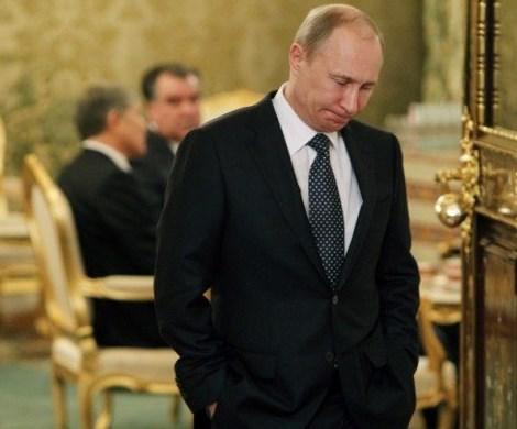 Путин не спасет: политологи прочат России ожесточенный передел власти