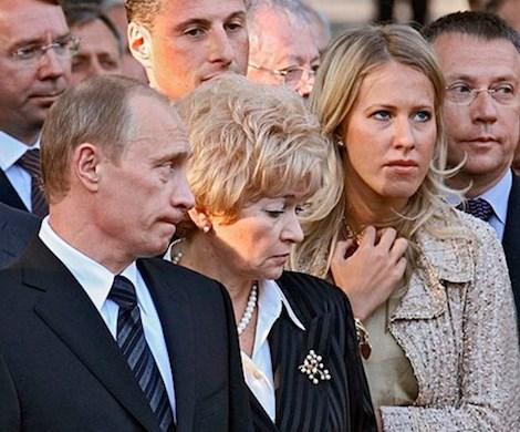 Путину предлагают бежать из России из-за возможной мести Собчак