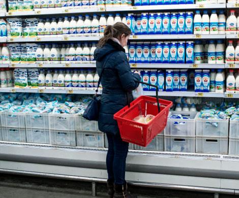 Ритейлеры допускают задержки поставок молока