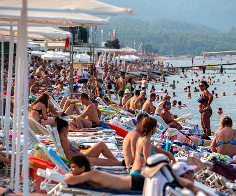 Российские туристы поставили рекорд по посещаемости в Турции