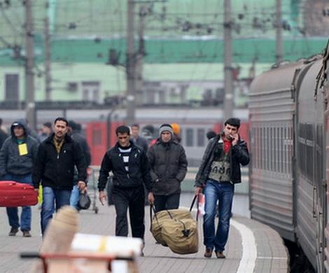 Поток мигрантов в РФ  уменьшился  неменее  чем начетверть