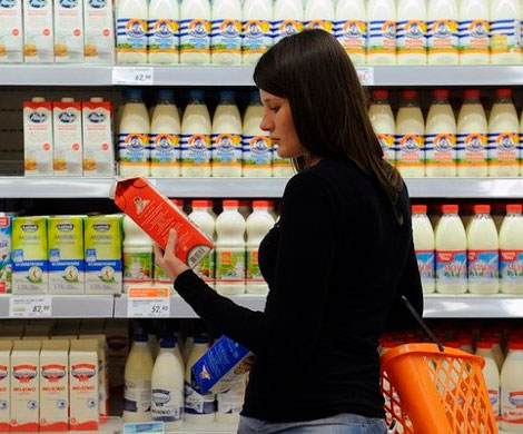 Россия рекордно сократила молочный импорт