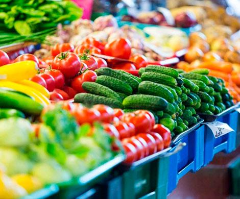 Россиянам обещают дешевые овощи до зимы