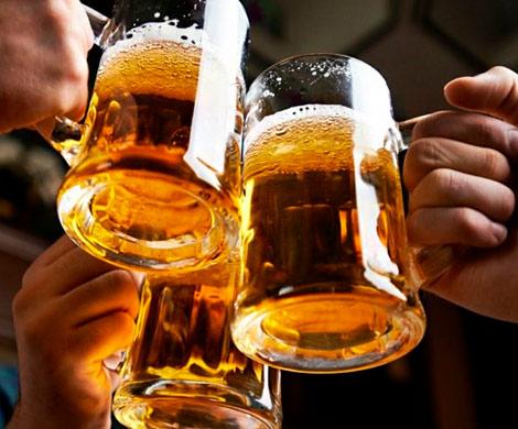 Россияне смотрели футбол под безалкогольное пиво