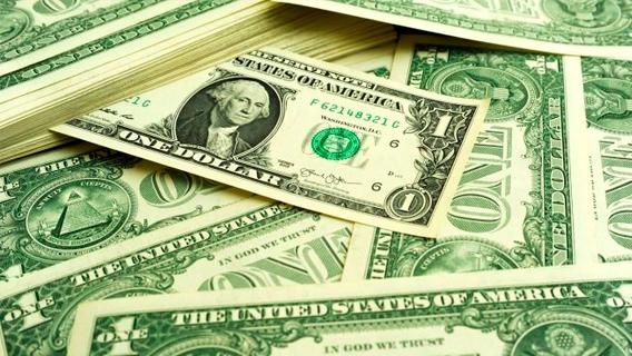 Рынки столкнулись с нехваткой долларов