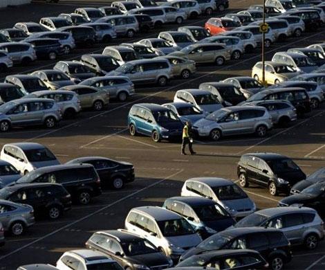 Назад вСССР— 3: встране сокращается число автомобильных дилеров