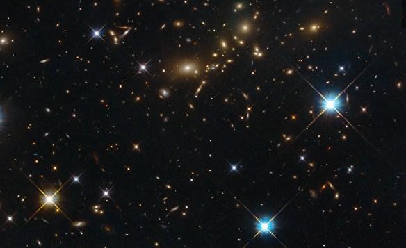 Телескоп «Хаббл» снял самый крупный объект воВселенной