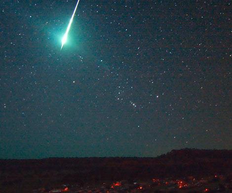 Сенсационное объявление уфологов: последние падения метеоров связаны свойнами инопланетян вКосмосе