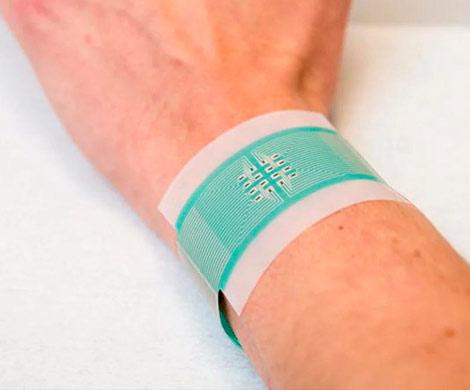 Ученые изобрели «умный» электропластырь для хронических ран