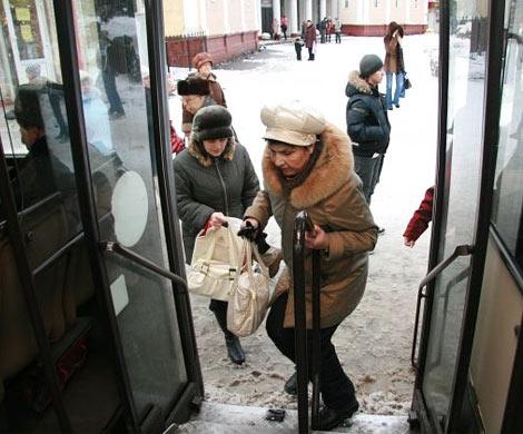 Автобус №65 протащил девочку поасфальту вИркутске: ГИБДД разыскивает очевидцев