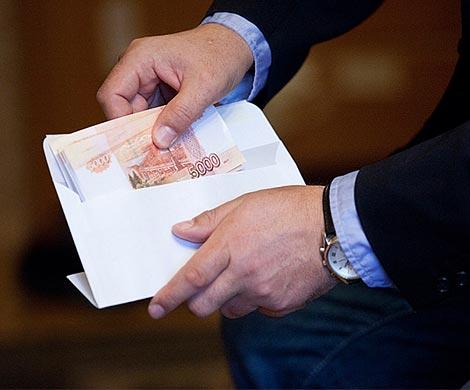 Образцовых полицейских словили навзятке в5 млн руб в столице России