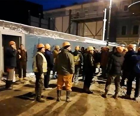 В Петербурге метростроевцы объявили голодовку