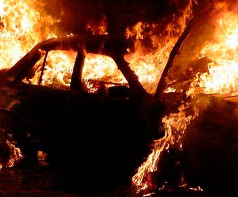 ВоВладимирской области обнаружили сгоревшее авто с 2-мя трупами