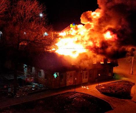 ВЩербинке дотла сгорел магазин фейерверков