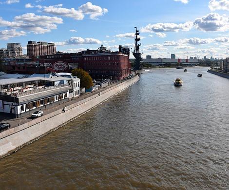 В столице пробурили дно Москвы-реки