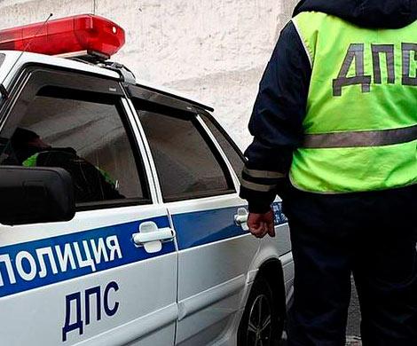 ВУфе инспектор ГИБДД, погорев навзятке, «угнал» сводителем авто
