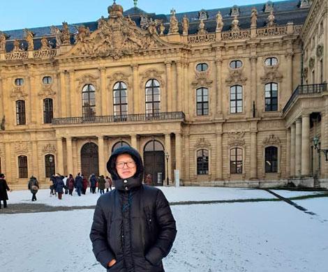 Василий Устюжанин: Галопом по Европам