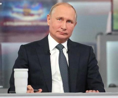 Владимир Путин раскрыл подробности жизни своего отца во времена ВОВ