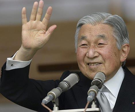 Император Японии может отречься в 2018г.
