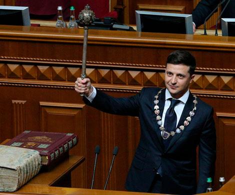 Зеленский со старта объявил о роспуске Рады