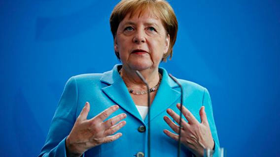 Меркель назвали капитулянткой