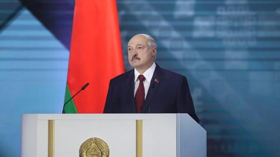 Валерий Соловей: Лукашенко встретился с оппозицией и согласился покинуть пост президента через год